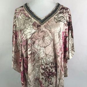Soft Velvet Floral V Neck Top Size 1X